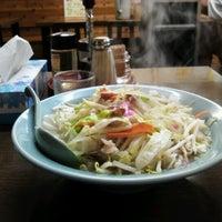 Photo taken at 長崎ちゃんぽん 新地 by Katsunori O. on 9/7/2012