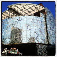 Photo taken at American Visionary Art Museum by Rico E. on 7/2/2012