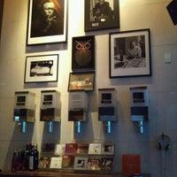 Photo taken at Café Tabaco by Penha Fernanda G. on 5/20/2012