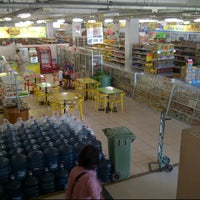 Photo taken at Golden Sweet Supermarket^^ by ronny h. on 6/13/2012