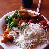 Photo prise au Super China Buffet par John J. le4/19/2012
