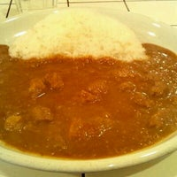 Photo taken at Curry House TIRITIRI by pinkslip_dai on 3/21/2012