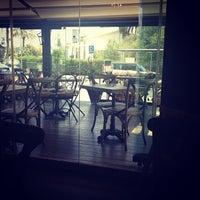 7/29/2012 tarihinde 💙Dasha🎀 V.ziyaretçi tarafından Caffe Aşkı'de çekilen fotoğraf
