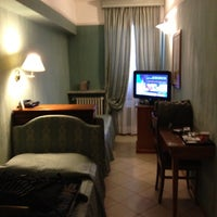 Photo taken at Hotel Cosmopolita Rome by Wesley P. on 9/8/2012