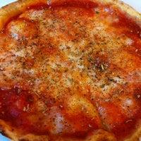 Foto scattata a Pizzeria Reddy da Stephen K. il 4/3/2012