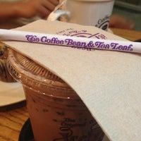 Photo taken at The Coffee Bean & Tea Leaf by James E. on 8/24/2012