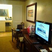 Photo taken at Days Inn San Diego Hotel Circle Near SeaWorld by Rodney 'The Courage Coach' M. on 8/15/2012