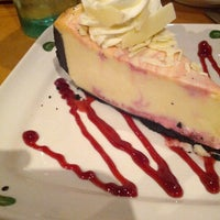 Photo taken at Olive Garden by Melissa N. on 8/15/2012