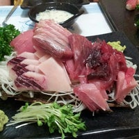 Photo taken at 하나참치 by Wongon K. on 9/5/2012