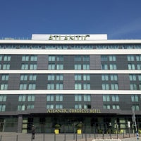 Das Foto wurde bei ATLANTIC Congress Hotel Essen von Live P. am 8/15/2012 aufgenommen