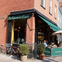Photo taken at Le Grainne Cafe by Robert P. on 3/17/2012