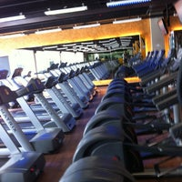 Photo taken at Smart Fit by PAULO L. on 6/24/2012