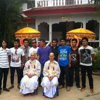 Photo taken at Wat Wachiralongkon Wararam Worawihan by KhunHnoo T. on 6/23/2012
