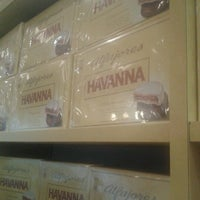 Photo taken at Havanna by Hercho on 8/31/2012