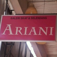 Photo taken at Butik Ariani by Hery Y. on 4/1/2012