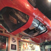 Photo taken at Quaker Steak & Lube® by Justin R. on 8/19/2012