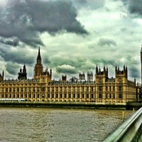 Photo taken at Houses of Parliament by Fabio C. on 3/31/2012