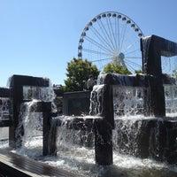 Das Foto wurde bei Waterfront Park von Aaron W. am 8/15/2012 aufgenommen