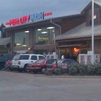 Das Foto wurde bei Fuel City von Roy H. am 8/31/2012 aufgenommen