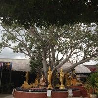 Photo taken at วัดท่าอิฐ  by Achisuka J. on 8/12/2012