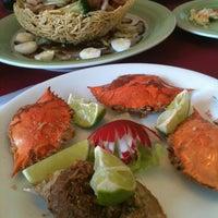 Foto tirada no(a) Ton Hoi Restaurante por Fabio L. em 6/17/2012