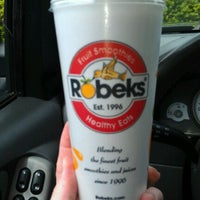 Photo taken at Robeks Fresh Juices & Smoothies by Robert B. on 5/15/2012