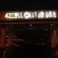 Photo taken at 42nd St Oyster Bar by Hoang P. on 2/17/2012