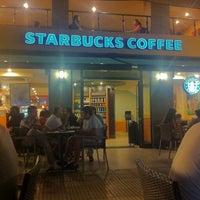 7/11/2012 tarihinde Osman E.ziyaretçi tarafından Starbucks'de çekilen fotoğraf