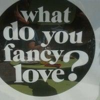 Das Foto wurde bei What do you fancy love? von Silvia C. am 6/17/2012 aufgenommen