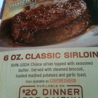 Photo taken at Chili's Grill & Bar by Steven B. on 7/27/2012