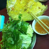 Photo taken at Bánh Xèo by Vy N. on 2/23/2012