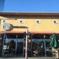 Photo taken at Starbucks by Linder on 5/29/2012