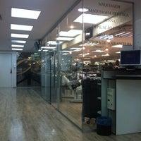 Foto tirada no(a) Expert Beauty Center por HELENI HARUMI K. em 7/28/2012