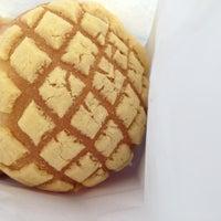 Photo taken at Mi Victoria Bakery by Yuuka on 5/12/2012