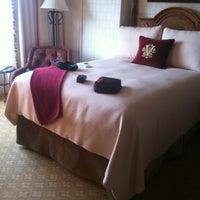 รูปภาพถ่ายที่ Inn On Biltmore Estate โดย Damon D. เมื่อ 3/3/2012