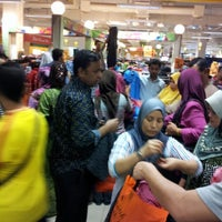 Photo taken at Tesco Extra by Muhammad A. on 8/18/2012