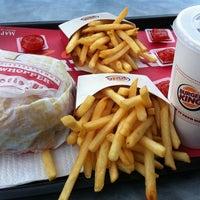 Photo taken at Burger King by Reni T. on 5/7/2012