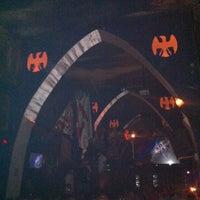 Foto tomada en TOM'S Leather Bar por R@Y el 5/2/2012