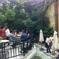 Photo prise au Hotel Orfila par Carol B. le7/4/2012