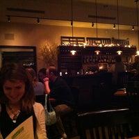 Foto tirada no(a) Local 111 por Charles N. em 3/31/2012
