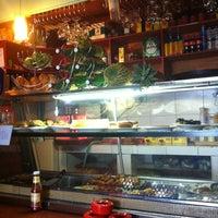 Photo taken at Semple Café by Ajfaan N. on 5/24/2012