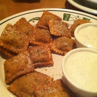 Photo taken at Olive Garden by Raina on 7/26/2012