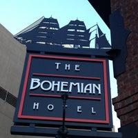 Das Foto wurde bei Bohemian Hotel Rocks on the Roof von Carlton M. am 7/23/2012 aufgenommen