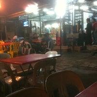 Photo taken at Nasi Lemak Pak Teh by Azrul on 2/22/2012