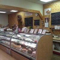 Photo taken at Bon Appetit Gourmet Food Shoppe by Chris M. on 3/31/2012