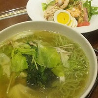 Photo taken at Denny's by 正浩 甲. on 8/6/2012
