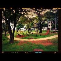 Das Foto wurde bei Praça Elis Regina von Alelex88 am 5/22/2012 aufgenommen