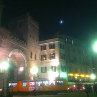 Photo taken at Exploit Drinks&Dinner by Alessandro Z. on 2/26/2012