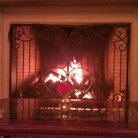 รูปภาพถ่ายที่ Inn On Biltmore Estate โดย Ashley T. เมื่อ 2/5/2012