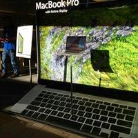 Photo taken at Apple Corte Madera by Pat G. on 7/13/2012